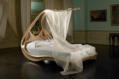 13 Enignum bed
