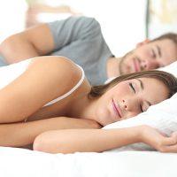 Samen slapen, de voor- en nadelen