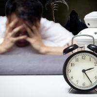 Slaapgebrek is ons langzaam aan het vermoorden