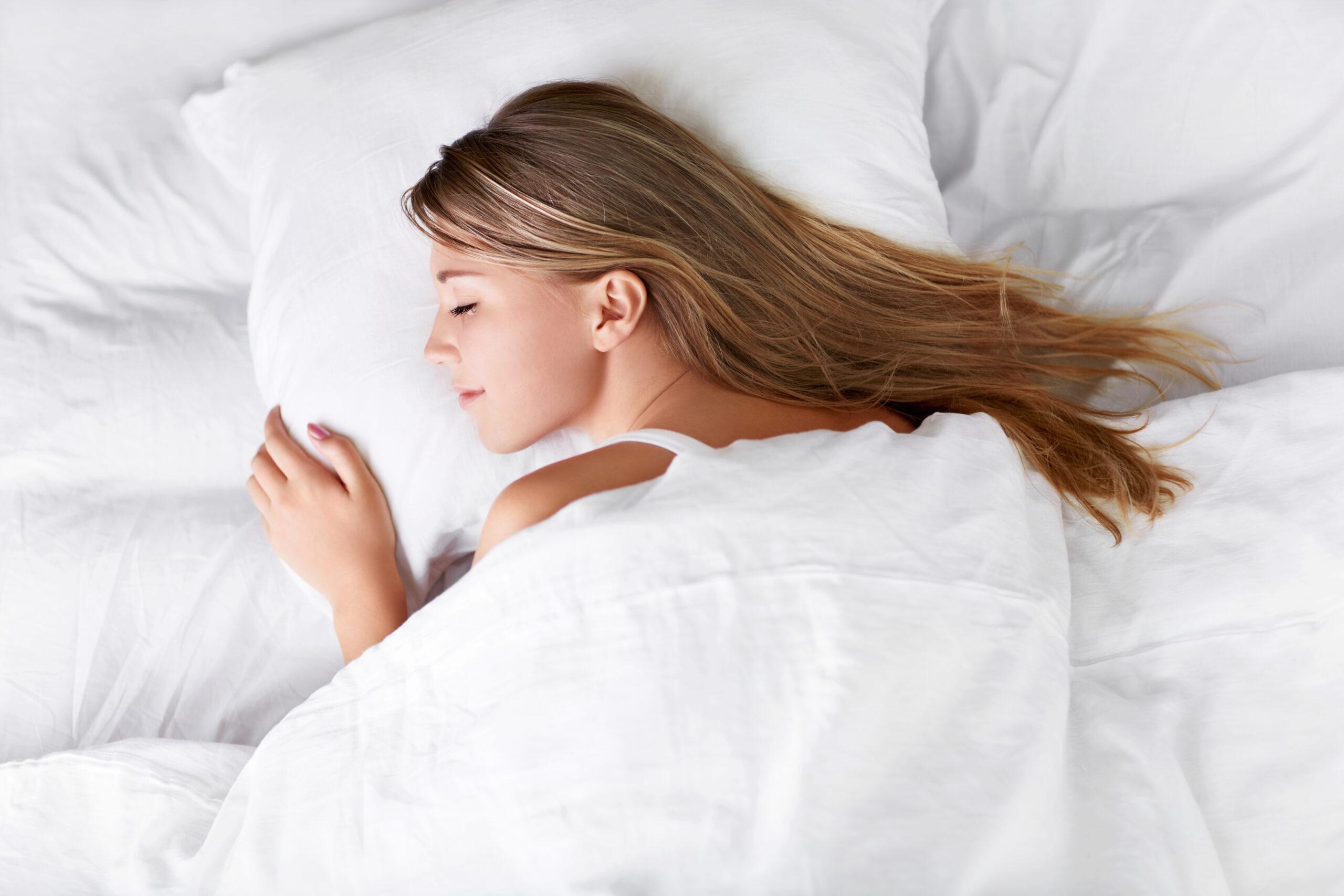 Slapen hypnagoge schok spiertrekkingen